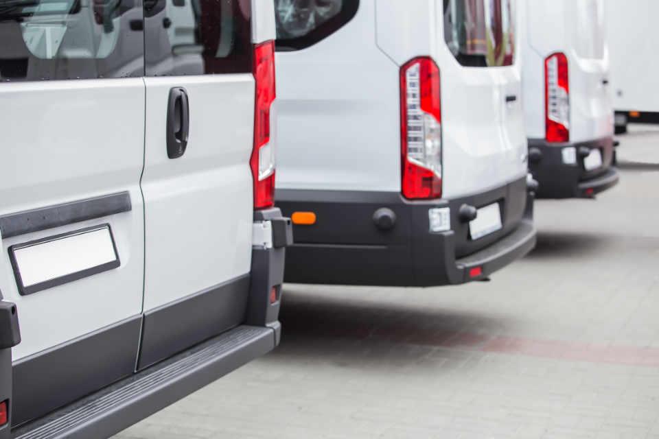 Minibus für Flughafentransfers